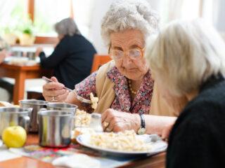 Dieta para adulto mayor: qué hay que saber